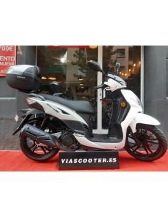 Pantalla deportiva Yamaha X-max
